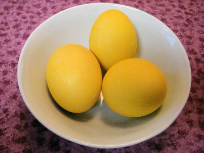 Remove Curry Stain >> Anastasia's Table » All Natural Beautiful Easter Eggs